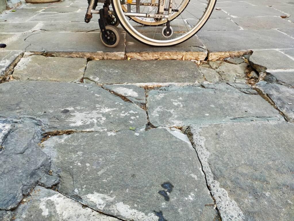 Denuncia GAC pavimentazione centro storico