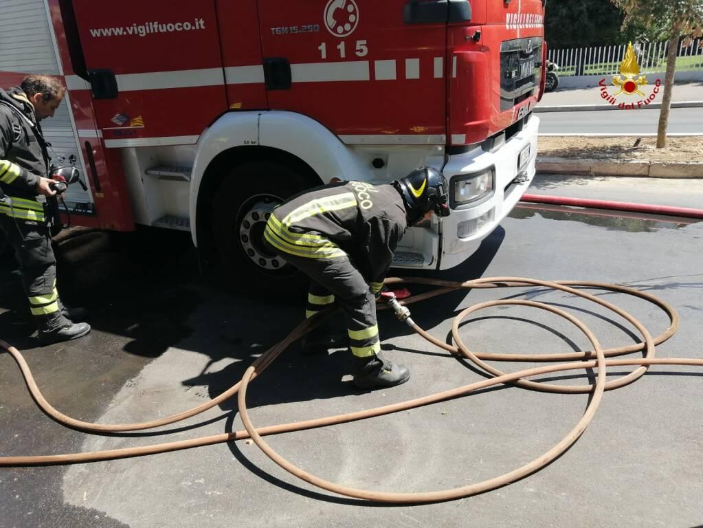incendio via Mascagni agosto 2020