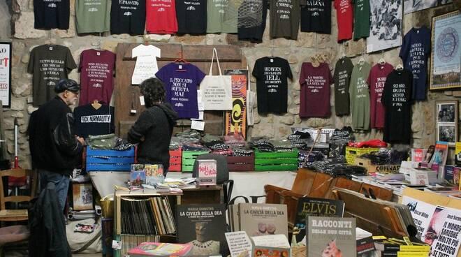 Libreria Strade Bianche Stampa Alternativa