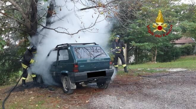 Auto a fuoco 7 settembre
