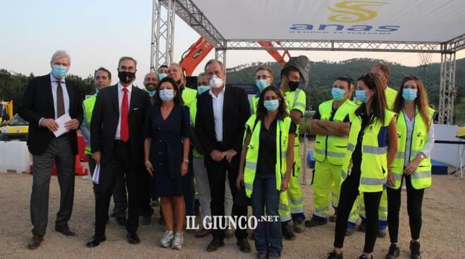 Paola De Micheli (visita al cantiere e al gazebo)