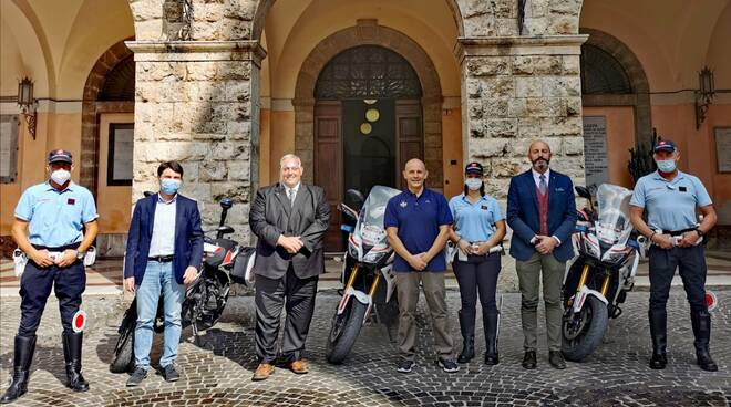 Agenti motociclisti polizia municipale