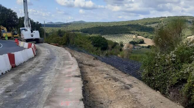 lavori strada Roccastrada frana