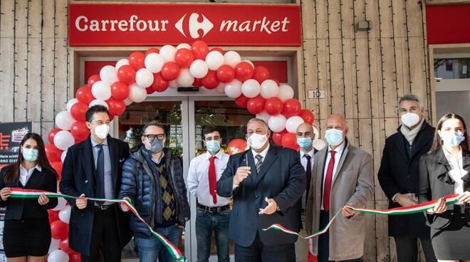 Inaugurazione Carrefour piazza Volturno