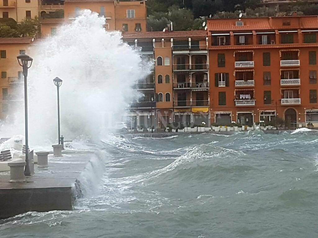 maltempo mareggiata Porto Santo Stefano