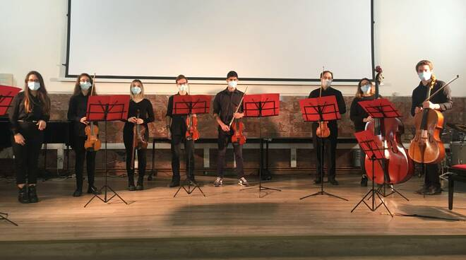 liceo musicale concerto natale 2020