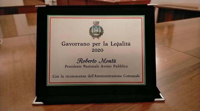 premio a roberto montà, presidente avviso pubblico