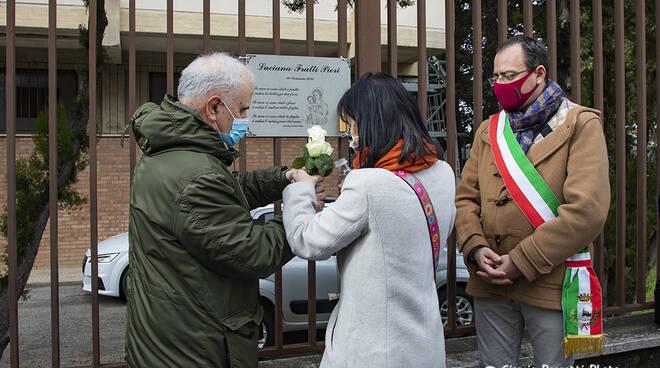 Targa Luciana Fratti Pieri