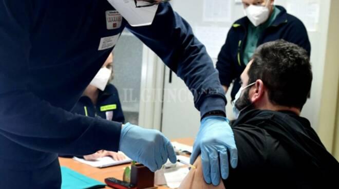 Vaccino anti Covid al personale 118
