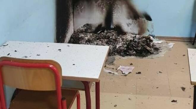 Vandali scuola Ribolla (gennaio 2021)