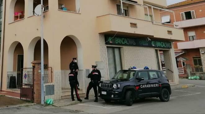 controlli centri richiedenti asilo migranti carabinieri