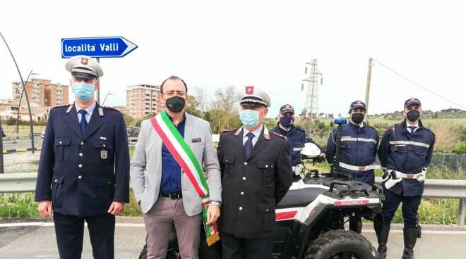 incontro benini comandante polizia