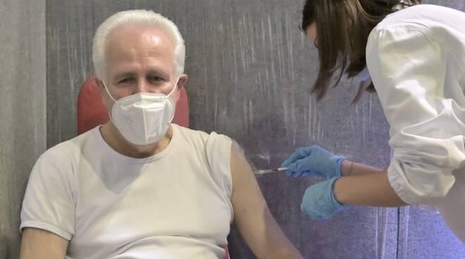 Eugenio Giani vaccino
