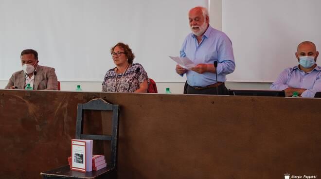 """""""Fabbrica e territorio"""" presentazione libro Polvani"""