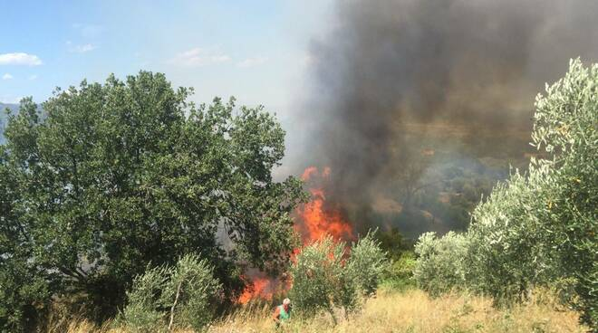 incendio Buriano 1 luglio 2021
