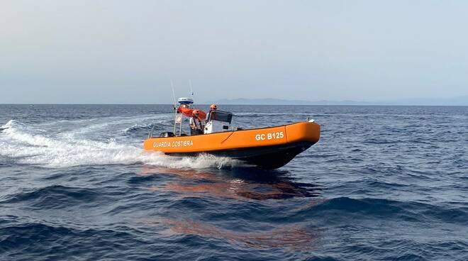 battello GC B125 guardia costiera