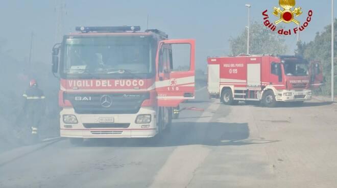 incendio vvf vigili del fuoco