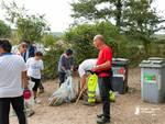 sub puliscono Lago dell'Accesa